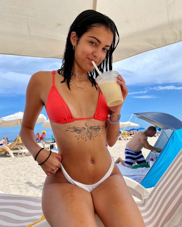 Malu Trevejo - Social photos and videos