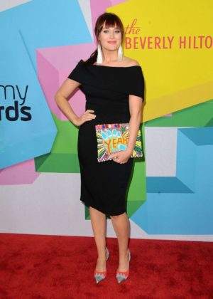 Mamrie Hart – Streamy Awards Photocall 2017 in Beverly Hills