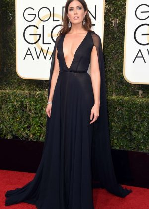 Mandy Moore - 74th Annual Golden Globe Awards in Beverly Hills