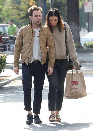 Mandy Moore and Ryan Adams - Shopping in Los Angeles