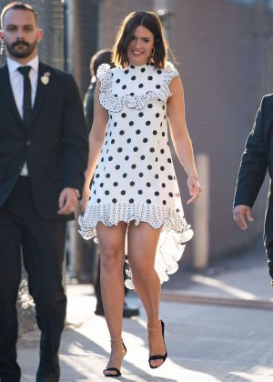 Mandy Moore - Arrives at Jimmy Kimmel Live! in Hollywood