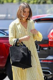 Mandy Moore - Arrives at Quixote Studios in West Hollywood