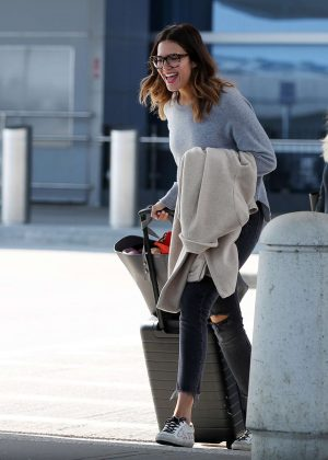 Mandy Moore - Arriving to New York City