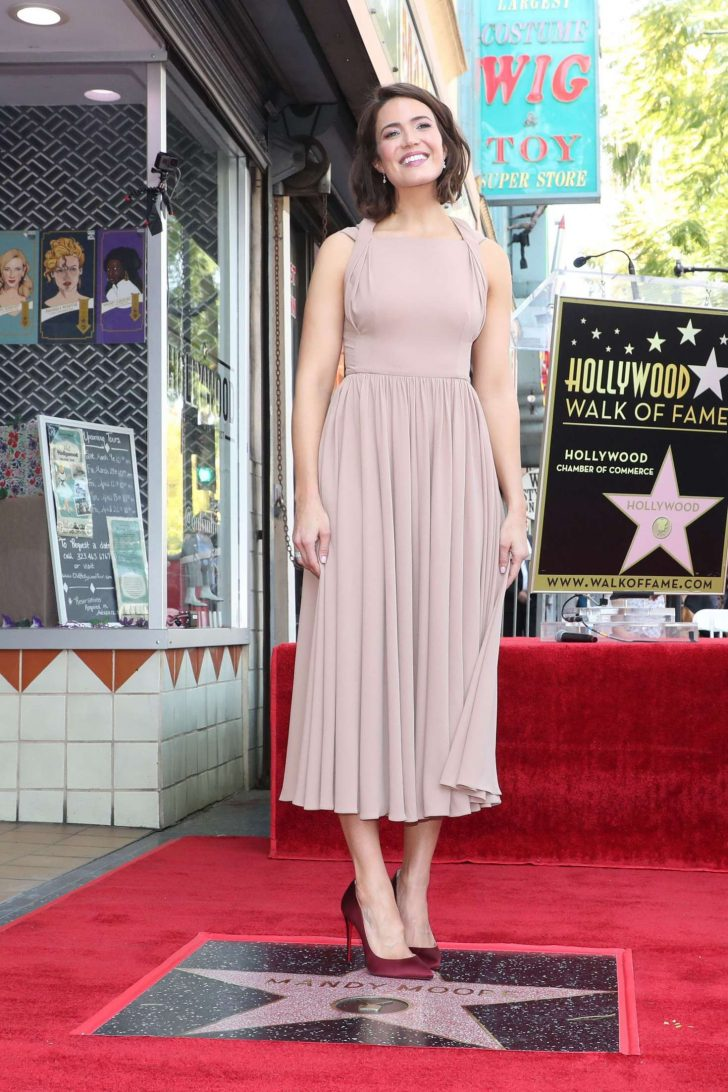 Mandy Moore: Getting her star on the Hollywood Walk Of Fame -01