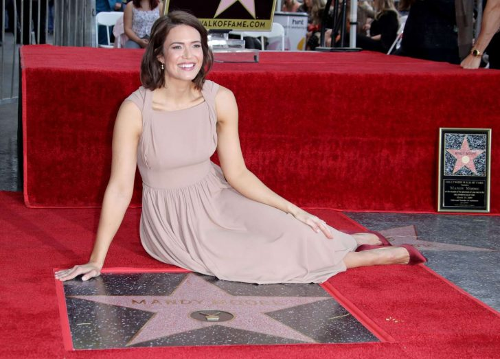 Mandy Moore: Getting her star on the Hollywood Walk Of Fame -10