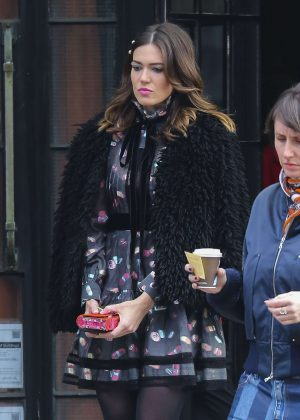 Mandy Moore - Leaves her Hotel in New York