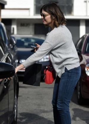 Mandy Moore in Jeans Leaves Meche Salon in LA