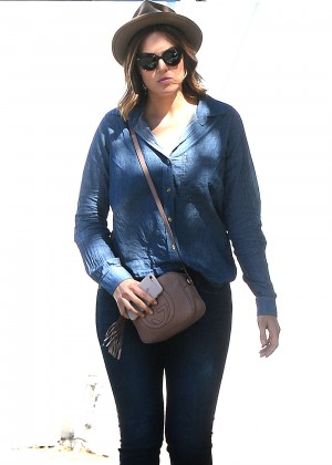 Mandy Moore - Leaving Meche Salon in West Hollywood
