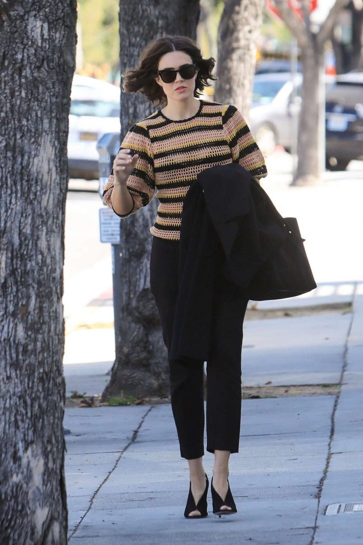 Mandy Moore: Out and about in Beverly Hills -02