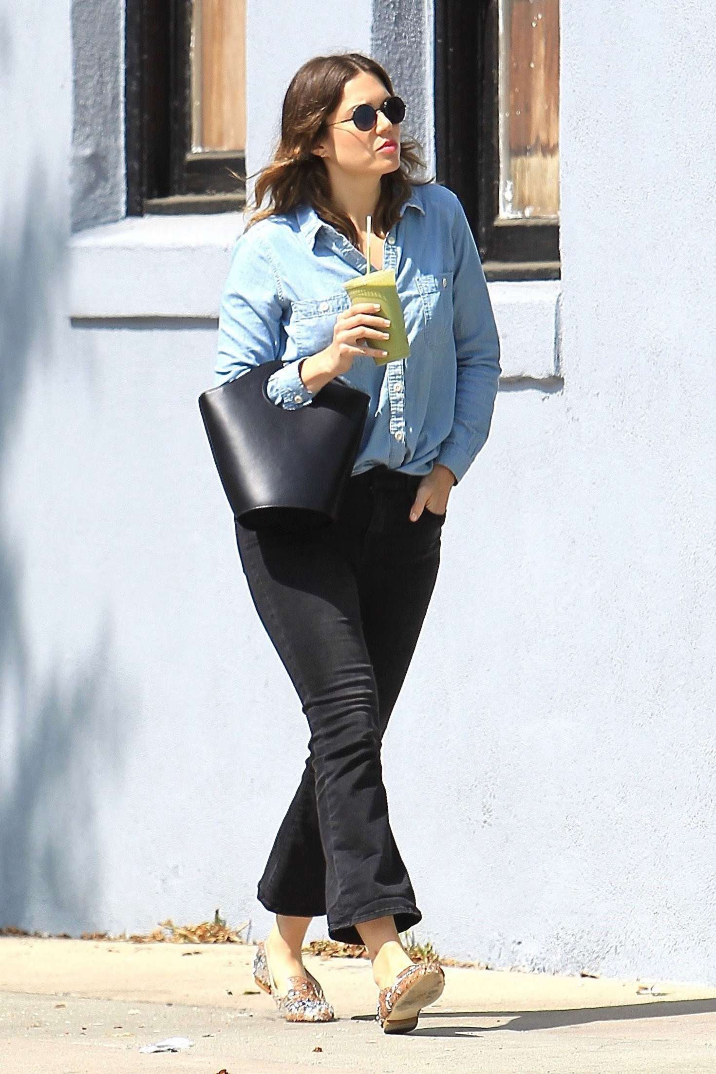 Mandy Moore out in Hollywood   Mandy-Moore-out-in-Hollywood--03
