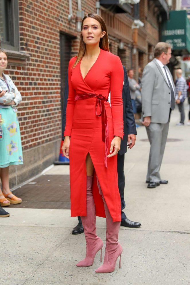 Mandy Moore - Outside 'The Late Show With Stephen Colbert' in NYC