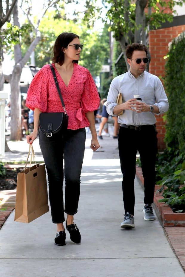 Mandy Moore: Shopping on Melrose Place -05