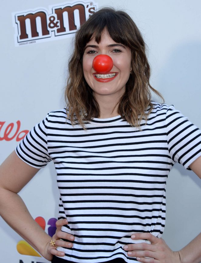 Mandy Moore - The Red Nose Day Special in Los Angeles