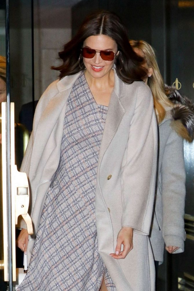 Mandy Moore – Visiting the Today Show in NYC