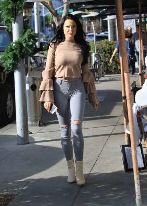 Mara Teigen - Out Shopping in Beverly Hills