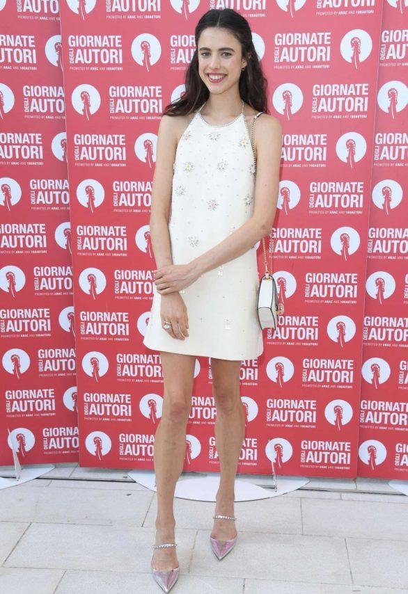 Margaret Qualley - MiuMiu photocall - Venice Film Festival 2019