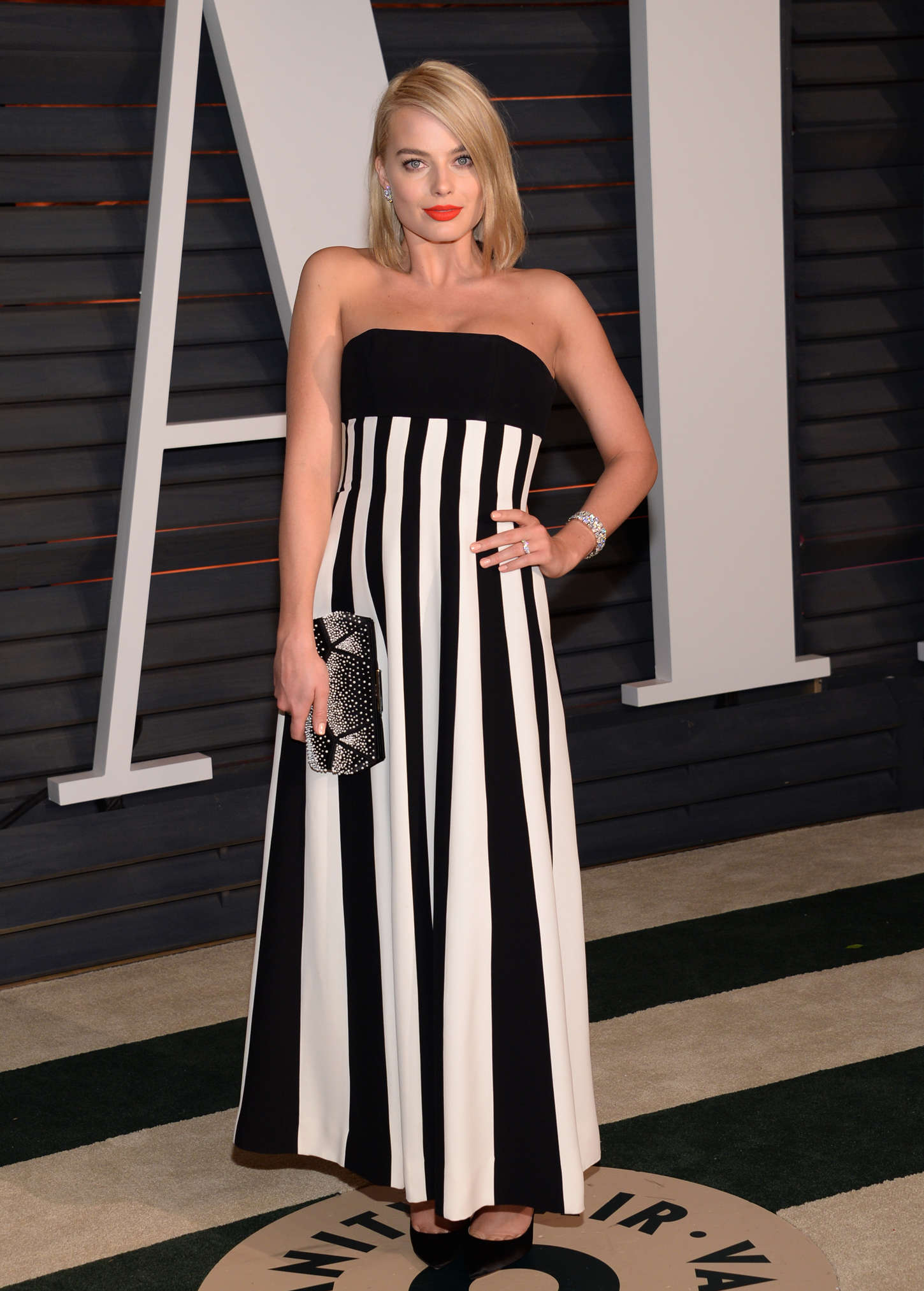 Margot Robbie - 2015 Vanity Fair Oscar Party in Hollywood