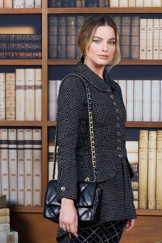 Margot Robbie - 2019 Paris Fashion Week - Chanel Haute Couture FW 19-20