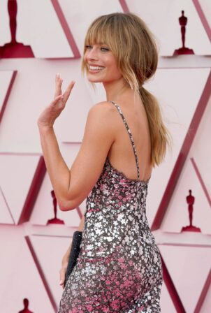Margot Robbie - 2021 Academy Awards in Los Angeles