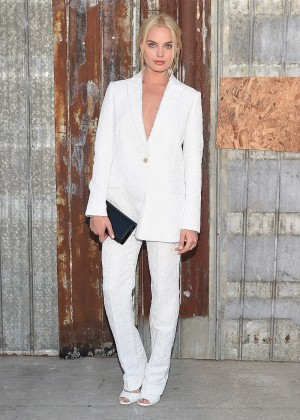 Margot Robbie - Givenchy Spring 2016 Fashion Show in NYC