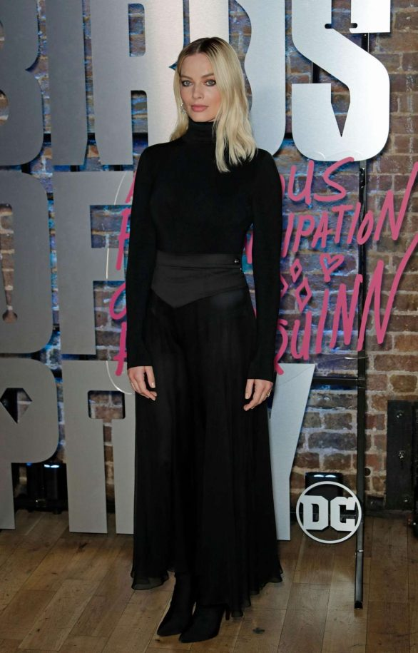 Margot Robbie - Harley Quinn's Pop Up Roller Disco in London