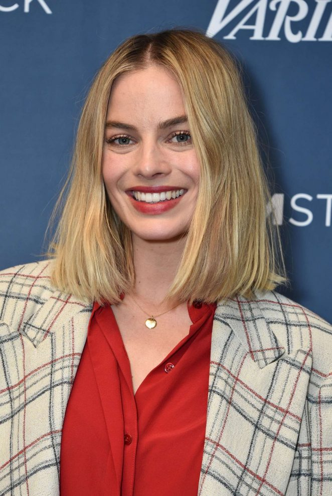 Margot Robbie – 'I, Tonya' Screening in Los Angeles