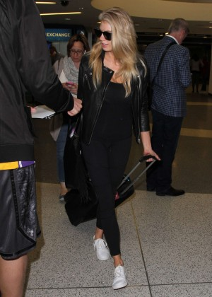 Margot Robbie in Black at LAX Airport -12