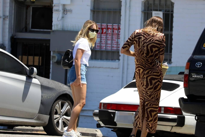 Margot Robbie 2020 : Margot Robbie – In denim shorts visits an office in Santa Monica-14