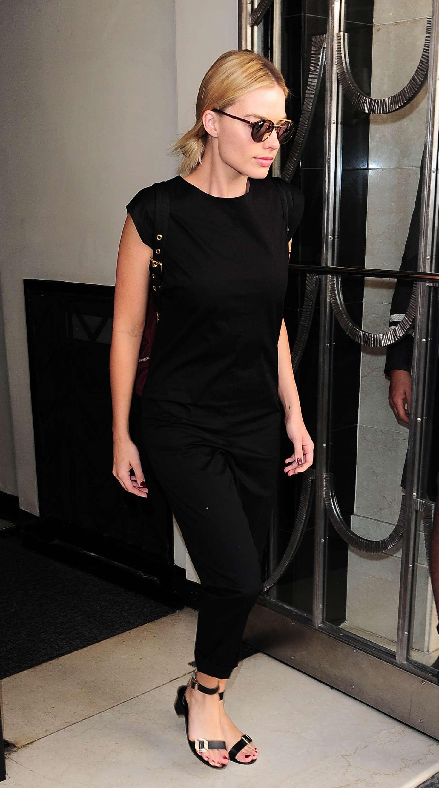 Margot Robbie Leaving Claridges Hotel in London