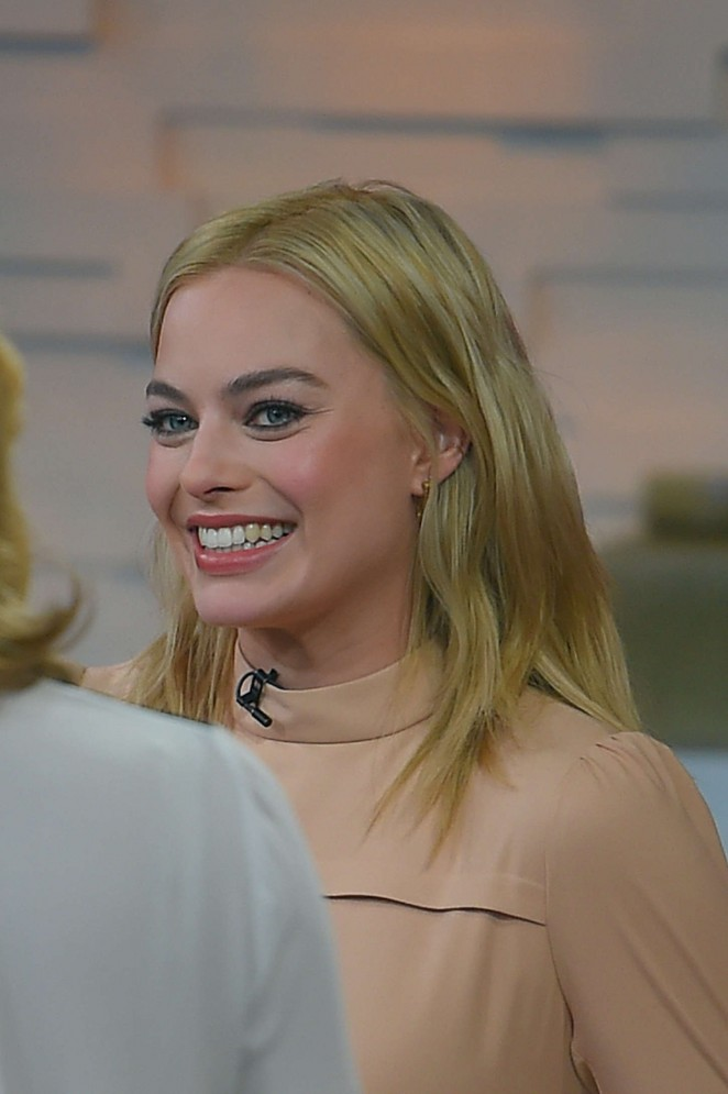 Margot Robbie on Good Morning America -02