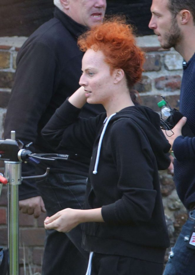 Margot Robbie on the set of Mary Queen Of Scots Movie -04