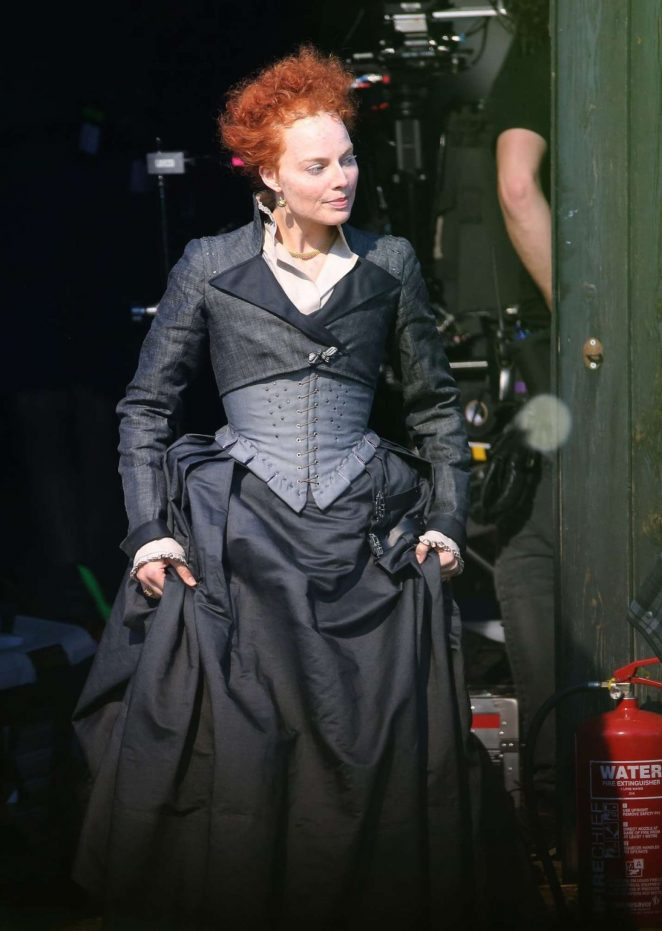 Margot Robbie on the set of Mary Queen Of Scots Movie -10