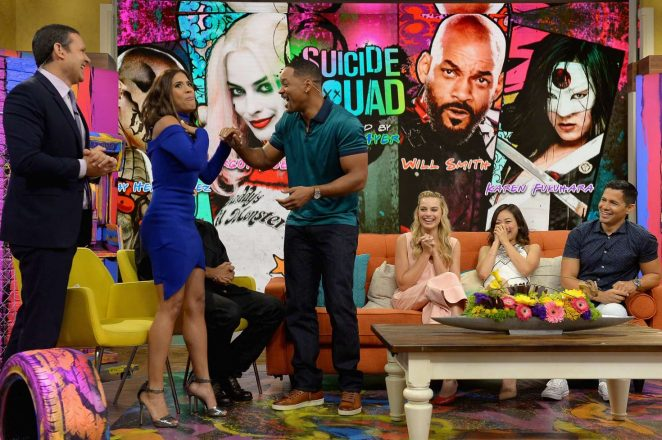 Margot Robbie: On the Set of Univisions Despierta America -02