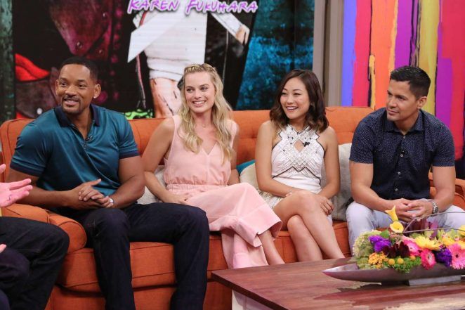 Margot Robbie: On the Set of Univisions Despierta America -03