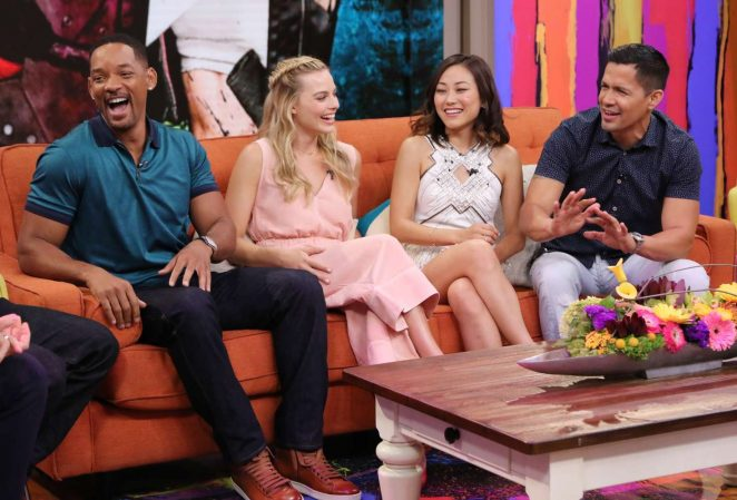 Margot Robbie: On the Set of Univisions Despierta America -19
