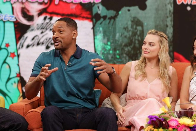 Margot Robbie: On the Set of Univisions Despierta America -33