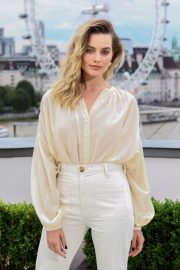 Margot Robbie - 'Once Upon A Time In Hollywood' Photocall in London
