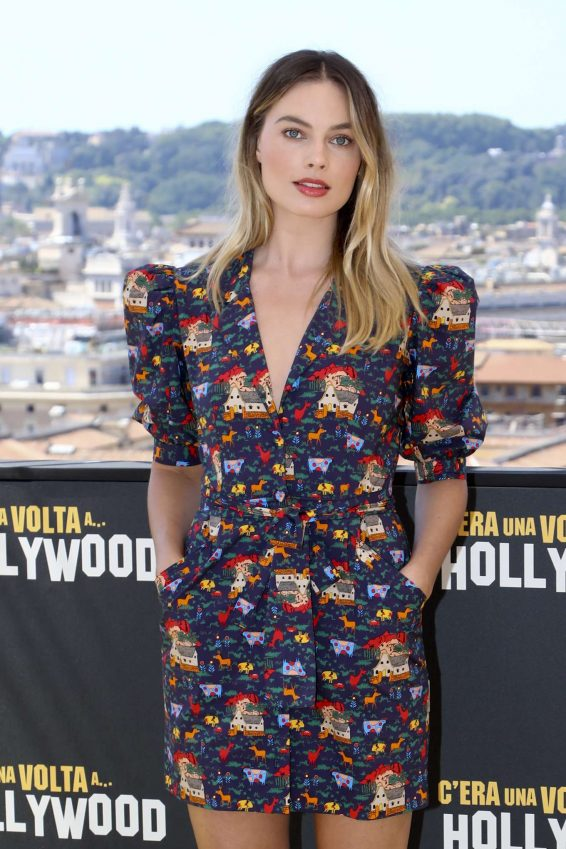 Margot Robbie 2019 : Margot Robbie – Once Upon A Time In Hollywood Photocall in Rome-02