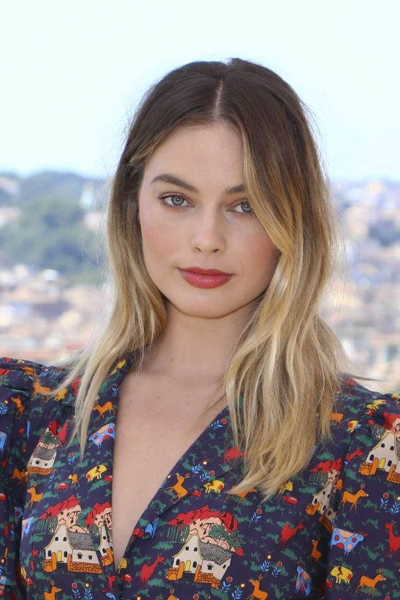 Margot Robbie 2019 : Margot Robbie – Once Upon A Time In Hollywood Photocall in Rome-34