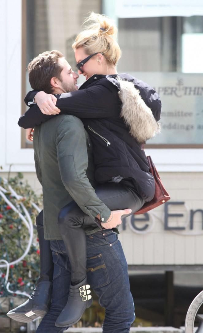 Margot Robbie with her boyfriend out in Toronto
