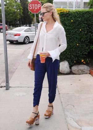 Margot Robbie out in LA