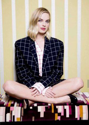 Margot Robbie - Sports Illustrated Photoshoot 2017