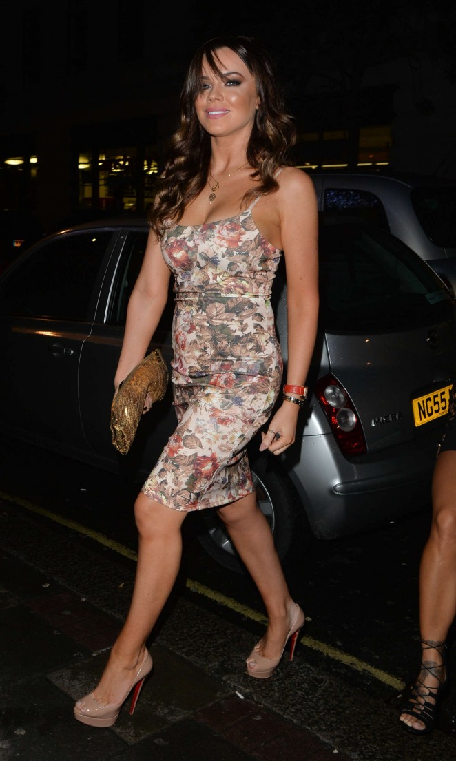Maria Fowler in Tight Dress at Mayfair Hotel in London