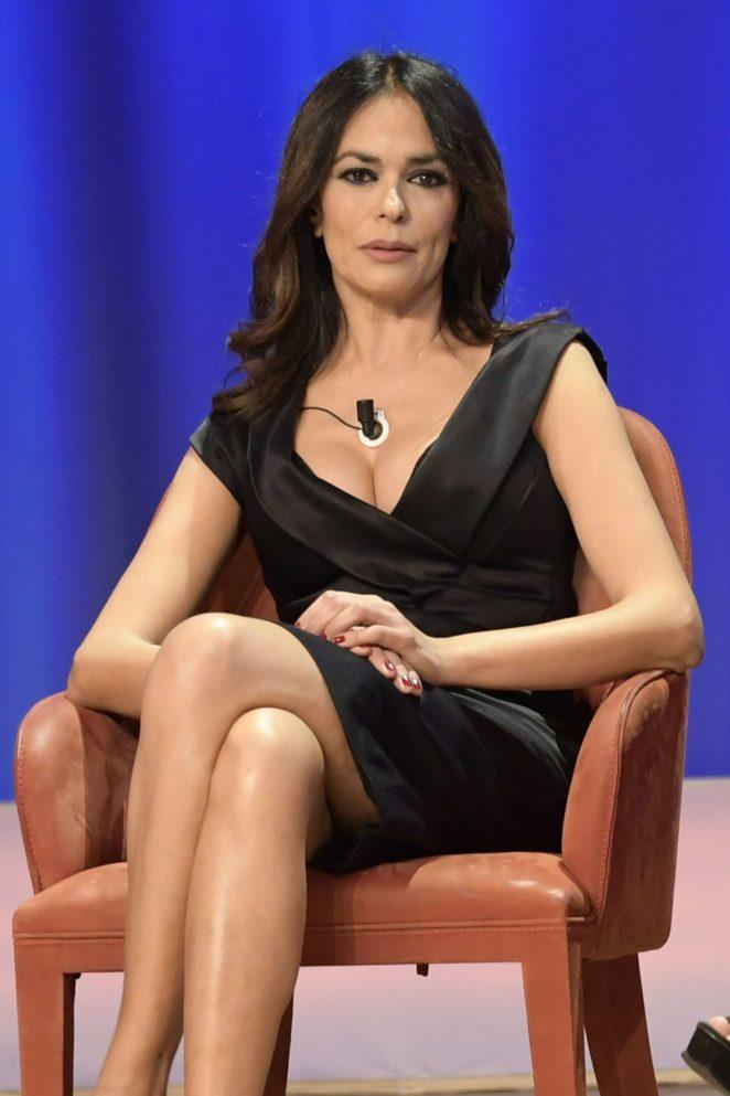 Maria Grazia Cucinotta – 'Maurizio Costanzo Show' in Rome