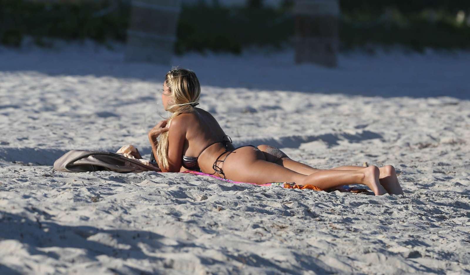 Maria Hering 2017 : Maria Hering in Bikini 2017 -16