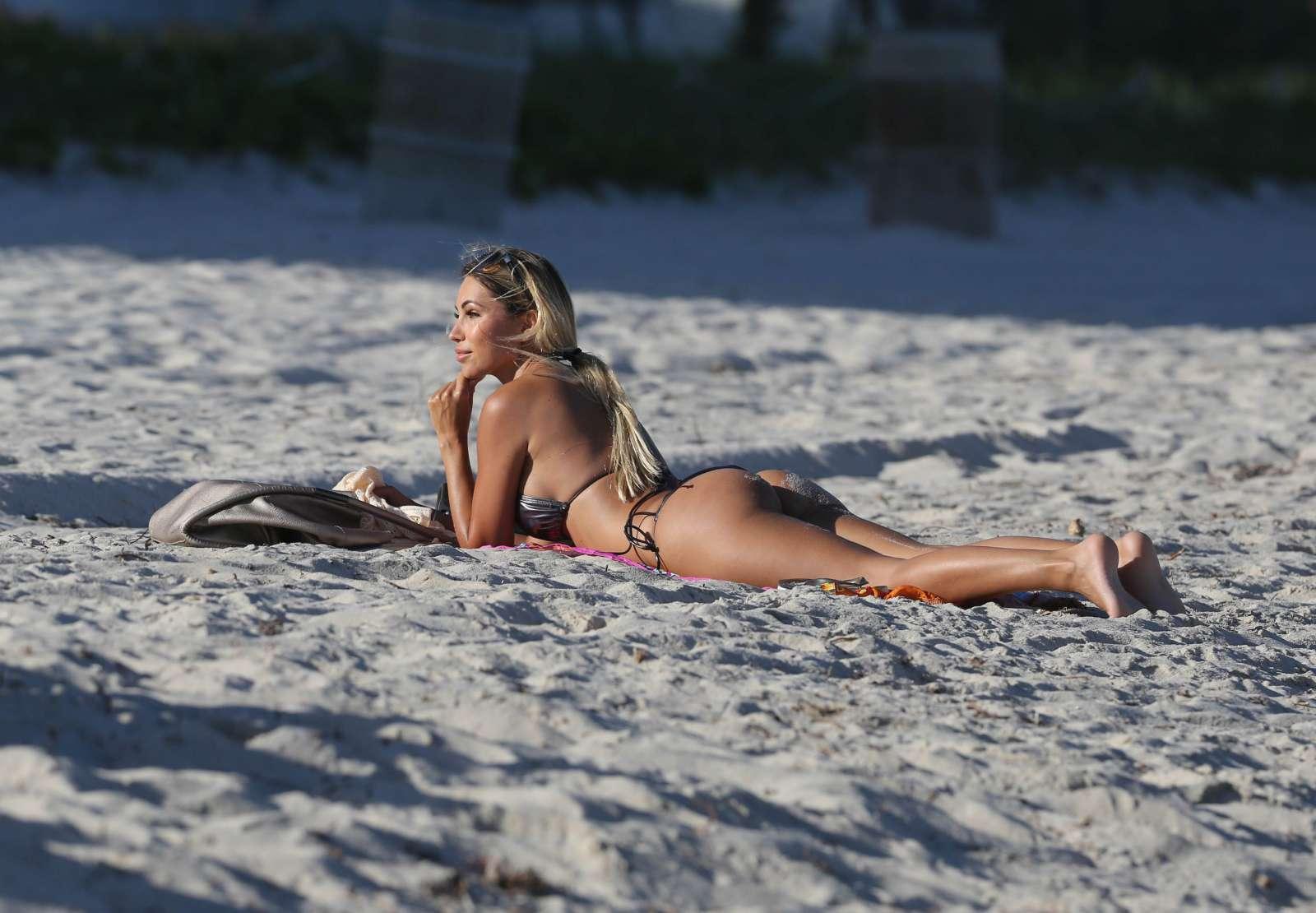 Maria Hering 2017 : Maria Hering in Bikini 2017 -18