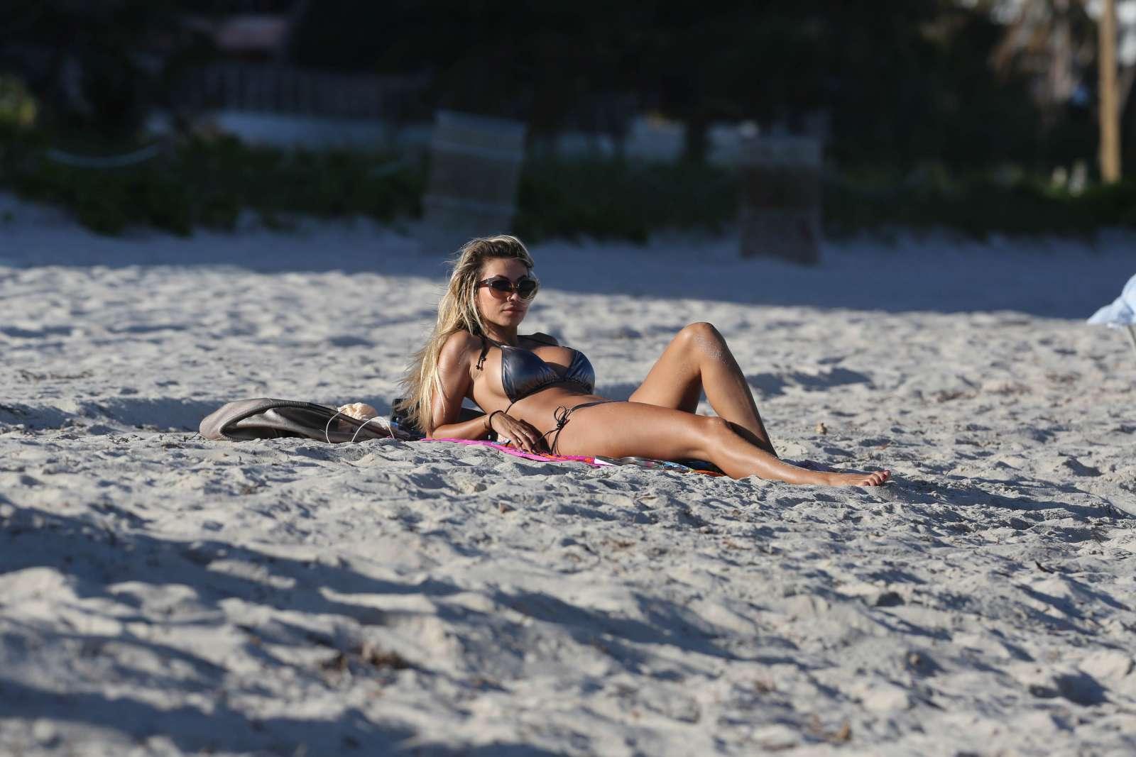 Maria Hering 2017 : Maria Hering in Bikini 2017 -27