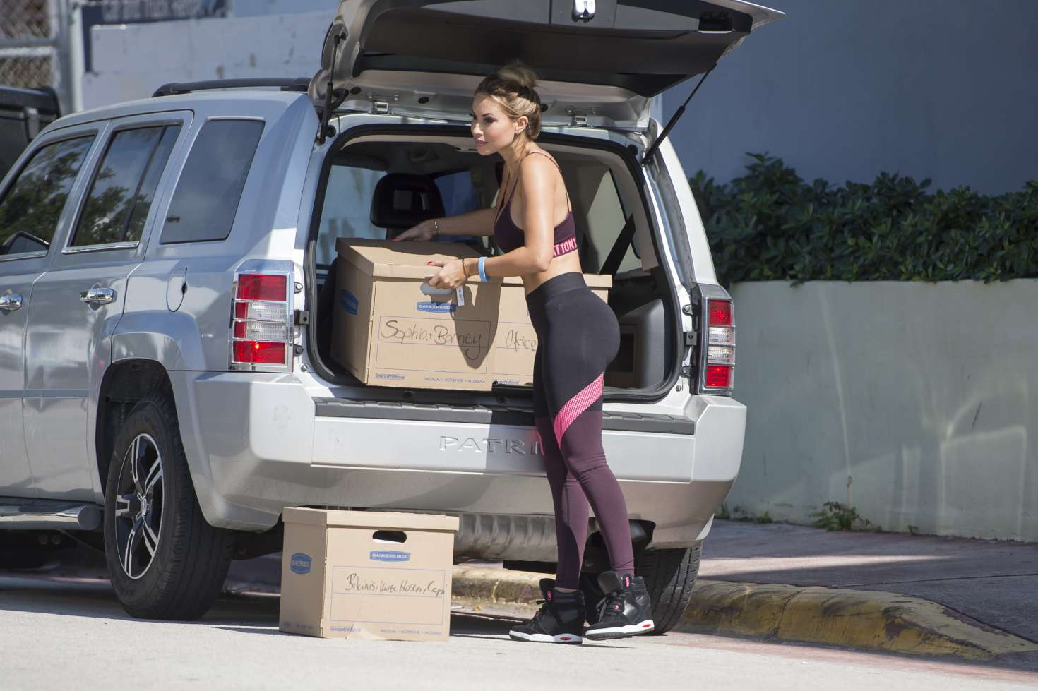 Maria Hering 2017 : Maria Hering in Tights and Sports Bra -08