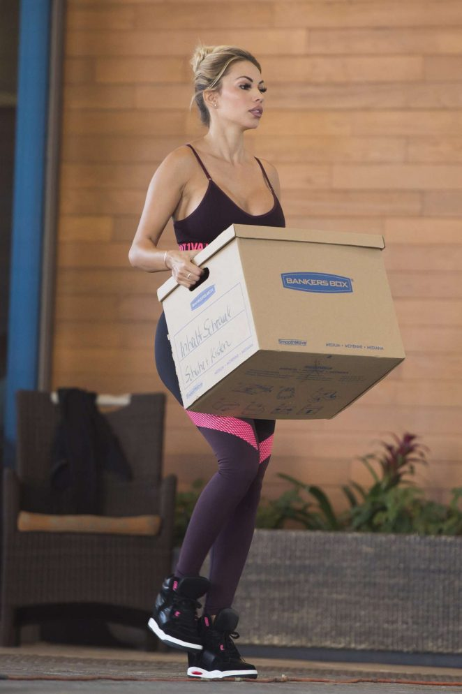 Maria Hering in Tights and Sports Bra -13