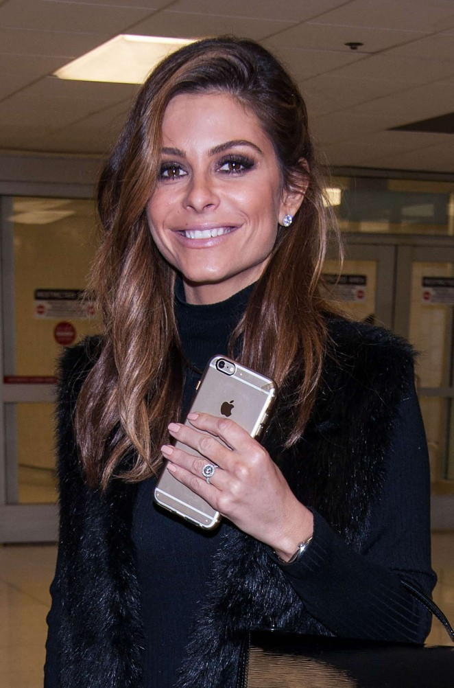Maria Menounos at LAX airport in Los Angeles